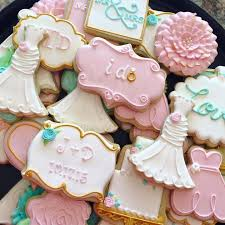259 best Wedding bride and grooms Decorated Cookies And cake pops