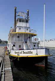 100 Lake Union Houseboat For Sale At Quarter Of Its Value Queen Of Seattle Paddlewheeler