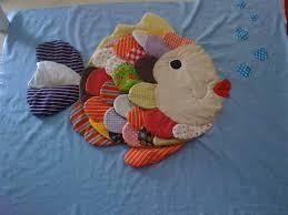 tapis d eveil couture mon tapis d eveil poisson quand les mains s en mêle