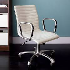 Dwr Eames Soft Pad Management Chair by Eames Knock Offs Fakes U0026amp Copies Apartment Therapy
