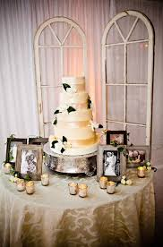2015 Wedding Cake Table Trends Weddings Romantique Shabby Chic