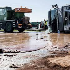 When Trucks Spill Food On The Highway, The Internet Rejoices - Eater