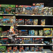 Charlie Brown Christmas Tree Walmart by Walmart Finally Stocking The 2016 Lego Marvel U0026 Dccomics Super