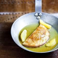 restaurant pate a crepe crêpe soufflée à l orange de frédéric thévenet chef du aux