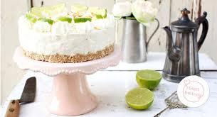 Hochzeitstorte Mit Erdbeeren Und Limetten Limetten Cheesecake Ohne Backen Backen Macht Glücklich