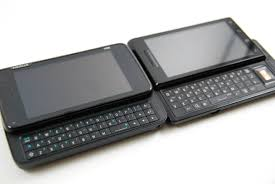 Two radically different keyboards Two OMAP 3430 Phones Nokia