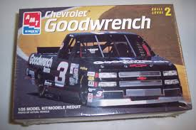 Amazon.com: #8243 AMT/Ertl Mike Skinner #3 Goodwrench Chevrolet ...