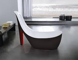 Bathtub Refinishing Miami Beach by Stiletto High Heel Shape Stiletto Slides Into A Deep Bath Tub