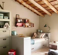 Schlafzimmer In Dachschrã Naturholz Bett Deutsche Dekor 2020 Wohnkultur