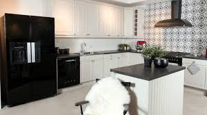 svenska kök är vita och l formade elgiganten sverige