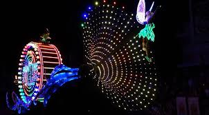 Disneyland Paint the Night Parade tips with video and photos