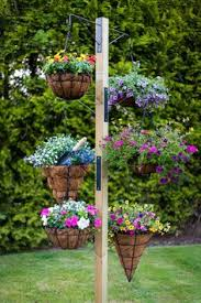 Patio Plant Stands Wheels by Oliver And Rust Sunflowers Beautiful Way To Keep Them Upright And