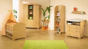 chambre bébé bois acheter chambre bébé miel lit bébé commode à langer et armoire