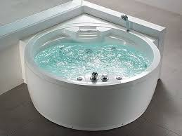 whirlpool badewanne mit heizung led wasserfall ozon