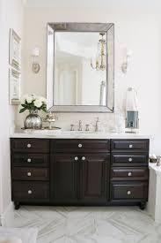 Royal Blue Bathroom Accessories by Best 20 Bright Bathrooms Ideas On Pinterest Bathroom Decor