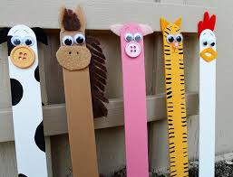 10 Popsicle Stick Crafts