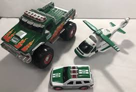 HESS TRUCK LOT - Monster Truck Car Helicopter Tested Working - FAST ... Hess Toys Values And Descriptions Trucks For Sale In Lancasternj 2013 Toy Truck Tractor On Sale Now Just In Time For The 2017 Toy Trucks New Original Box Unopened Toys Photo Story A Museum Apopriately Enough Wheels Celebrates The Has Been Around 50 Years Trucks Stowed Stuff Amazoncom Sport Utility Vehicle Motorcycles 2004 Ebay Rays Real Tanker Action 2018 Top Car Reviews 2019 20 Layce Engert Diesel Technician Recruiter Rush Enterprises