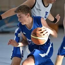 Basketball Muntere Korbjagd Mit 17 Mannschaften Sport Nördlingen