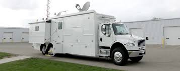 100 National Truck Center Grid Mobile Command LDV