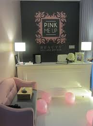 Beauty Salon Decor Ideas Pics by Decorating Ideas Nail Salon Interior Design Com And Great Small