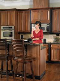 Wellborn Forest Champagne Cabinets by 7 Best Two Tone Kitchens Images On Pinterest Cabinet Ideas