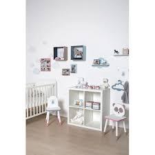 patère chambre bébé patere chambre fille cool coffre jouets bois et patre enfant pour