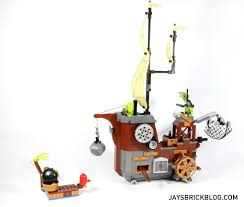 Lego Ship Sinking 2 by Review Lego 75825 Piggy Pirate Ship
