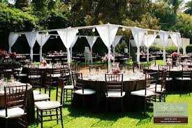 Backyard Wedding Ideas For Summer On A Budget