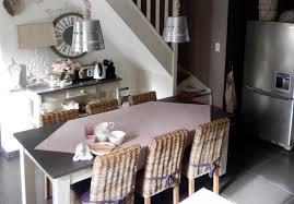 table de cuisine ancienne en bois deco cuisine