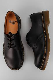 best 25 doc martens ideas on pinterest doc martens boots dr