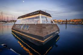 100 Truck Boat Floating Food Truck Called Aqua Pod Coming To Dubai Curbed