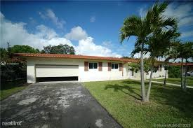 104 Miller Studio Coral Gables 1431 Rd Fl 33146 House For Rent In Fl Apartments Com