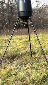 Moultrie Pro 30 Gallon Feeder in Action