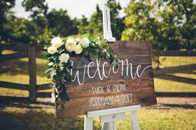 Barn Wedding Venues In South Florida — Simple Rustic & Simple Florals The Barn At Gibbet Hill Vintage Oaks Banquet Grand Opening Styled Shoot Central 75 Piureperfect Ideas For A Rustic Wedding Huffpost Weddings Georgia Venue In Stylish Outdoor Venues Pa 30 Best Outdoors Eclectic Wolf Creek Estates Stables North Kathleen Dans Diy Noubacomau Galleano Winery Inspiration Wisconsin Unique Weddings Unique 136 Best Images On Pinterest Venues Wedding Indiana And Michigan Entertaing