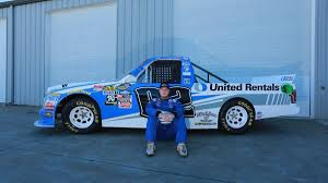 United Rentals Partners With Austin Hill