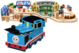 tidmouth sheds deluxe set thomas the tank engine wooden railway