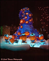Singing Pumpkins Grim Grinning Pumpkins Projector by Picture This November 2013 Archives