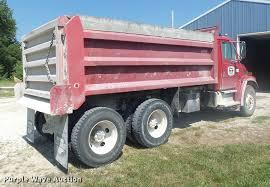2001 Freightliner FL80 Dump Truck | Item DB1414 | SOLD! Augu...