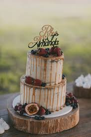 Drip Wedding Cakes Are One Of The Hottest Trends Right Now And Its High Time To Have A Look At Them If You Want Make Your Guests Mouths Water