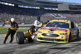 100 Rush Truck Unscheduled Pit Stops Prove Costly To Clint Bowyer In Championship