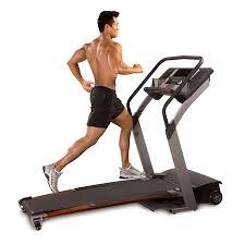 exercice fitness cardio tapis de marche ou de course