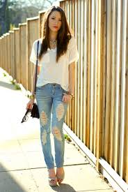 Classy Ripped Jeans For Girls Outfits With 15 Ways