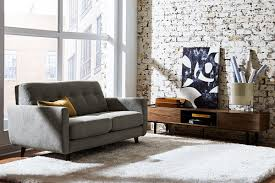 to hire 1 000 for new furniture warehouse in
