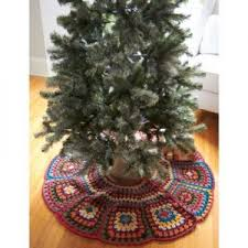 Tricias Tree Skirt Granny Square