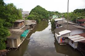 100 Homes In Bangkok Struggles To Protect Slum Dwellers As Floods Worsen