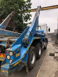 100 Truck Loader 10 NISSAN UD SKIP LOADER TRUCK PLUS SKIP BINS COMBO Junk Mail