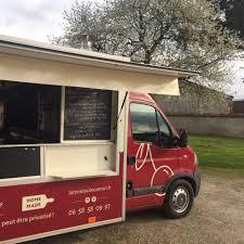 camion équipé cuisine la cerise sur le camion food truck et traiteur accueil