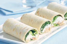 Cottage cheese salmon and chive wraps