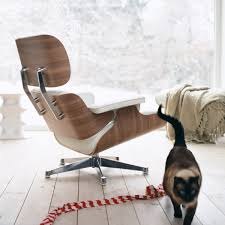 Vitra Eames Lounge Chair & Ottoman Walnut White Vitra Eames Lounge Chair Fauteuil De Salon Twill Jean Prouv On Plycom Utility Design Uk Repos Grand And Ottoman Herman Miller Chaise Beau Frais Aanbieding Shop Plaisier Interieur By Charles Ray 1956 Designer How To Identify A Genuine Cherry Wood