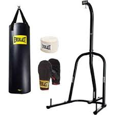 Everlast Heavy Bag Ceiling Mount by Best 25 Heavy Bag Stand Ideas On Pinterest Heavy Punching Bag